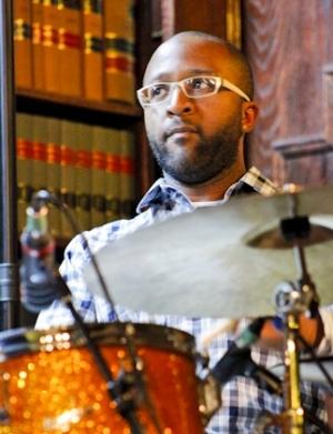 Quincy Davis, headshot