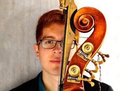 Aaron Olguin, headshot