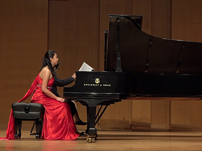 Meilin Ai performing on Grand Piano