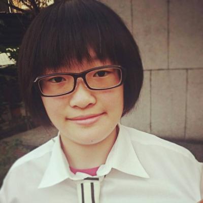 Yun Chen Chou Headshot
